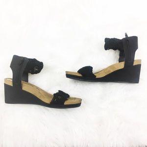 Lucky Brand | Black Zip Up Sandals